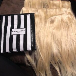 7pc 24in real hair extensions BLONDE